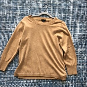 Camel 100% cashmere crew neck sweater